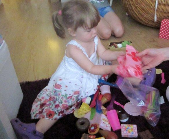 image anarosabday27-07-2012unwrappinggifts5-jpg